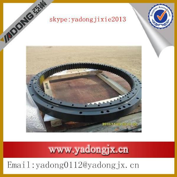 excavator pc200-1 swing circle 205-25-00015 in stock