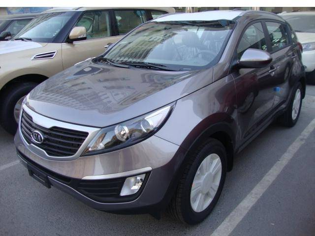 Kia Sportage 2.4L Petrol, Automatic Transmission, 4x4. Brand new, model 2013.