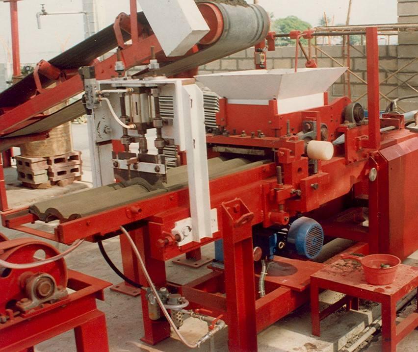 CONCRETE ROOF TILE MACHINE