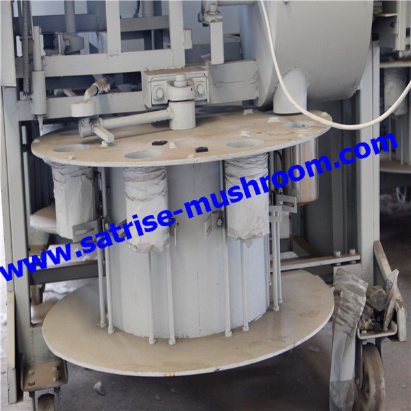 High Efficiency Automatic Mushroom Growing Bag Filling Machine For Bags