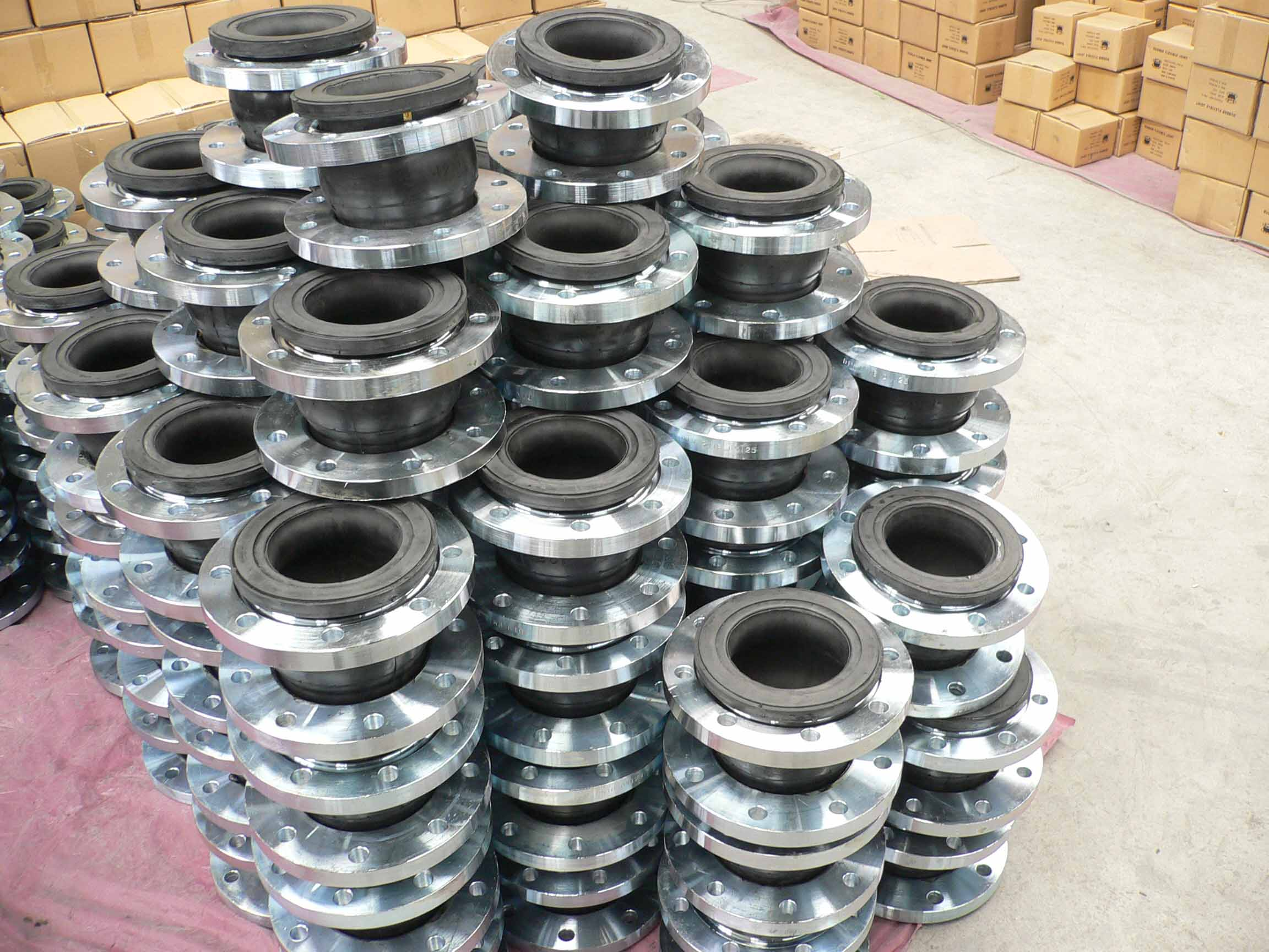 Rubber Expansion Joint-Flange-Single Sphere