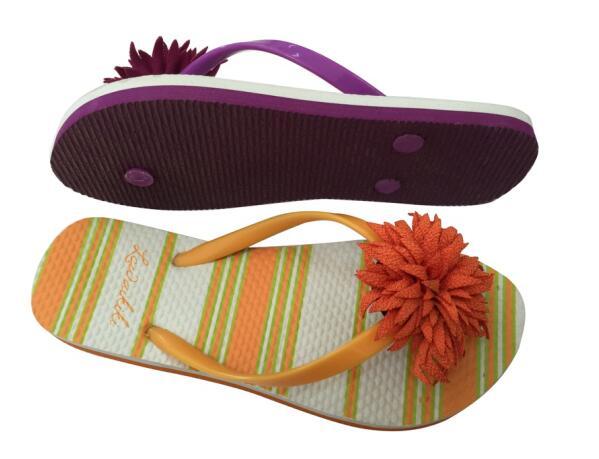 Women Rubber / PE Beach Walking Flip Flops Summer Flower Slippers For Ladies