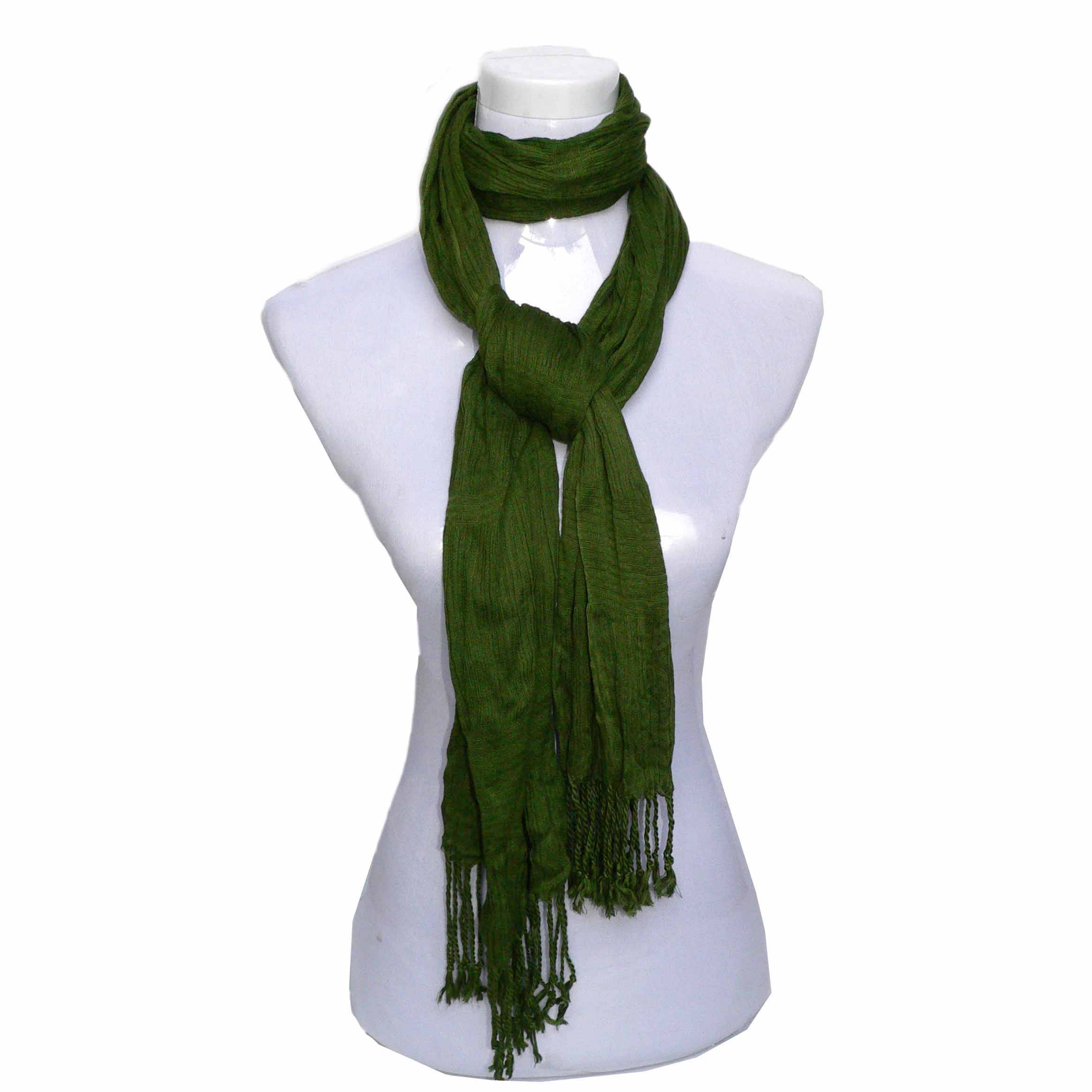 Solid color crinkled scarf