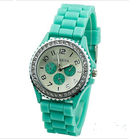 Yxl-786 Promotion Geneva Slap Elite Silicone Quartz Wrist Watches for Woman