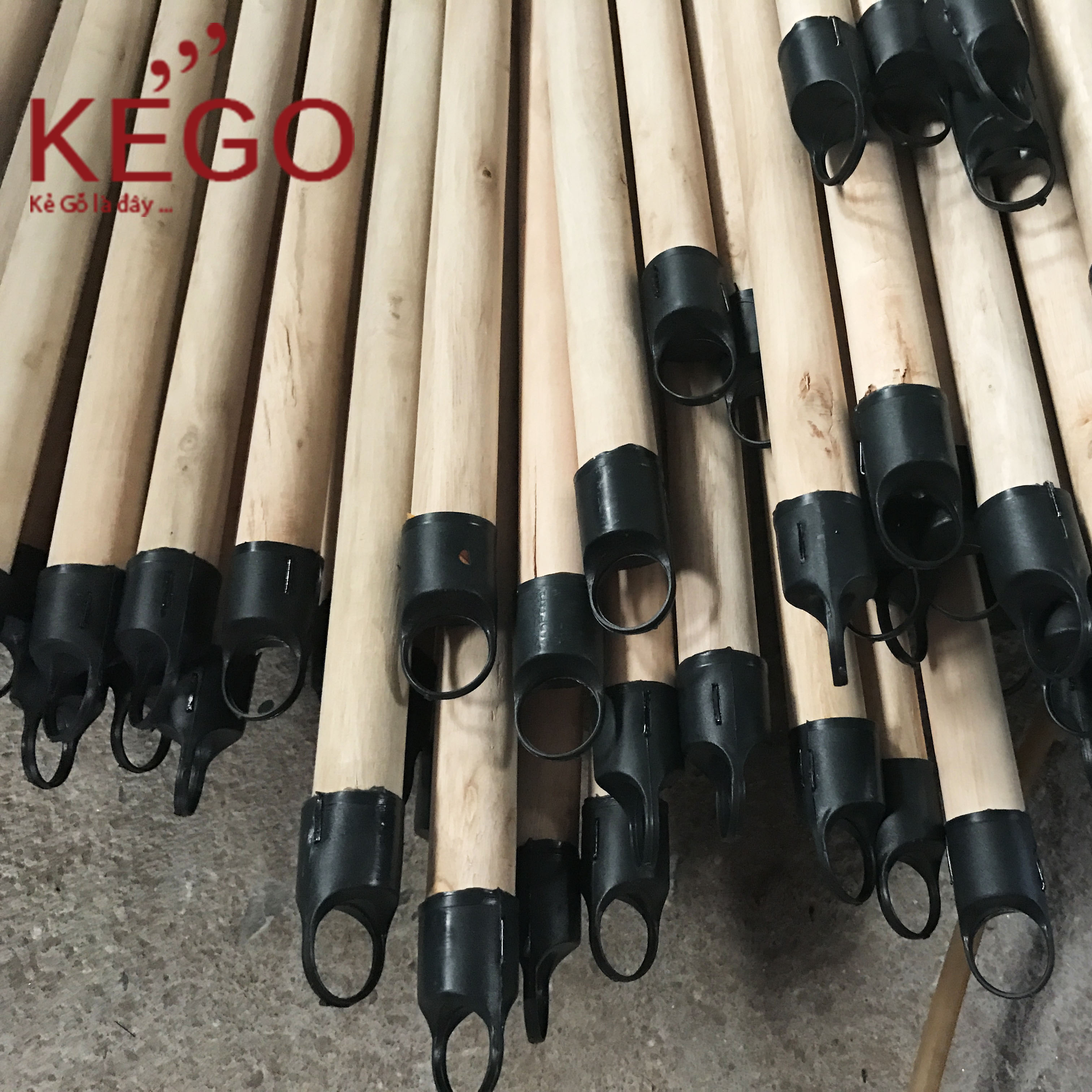 Wooden Handle for broom and mop with competitive price