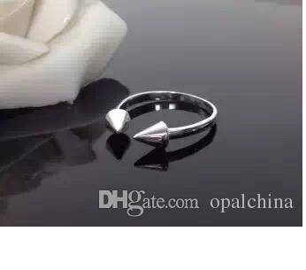 Neffly Jewelry S925 Silver Plated 14 karat gold Nail Shaped Fashion Opened Imports Moissanite to Cre