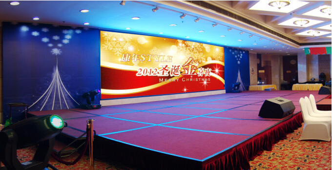 3 IN 1 Hot sales 1R1G1B full color HD P3 indoor led display from China