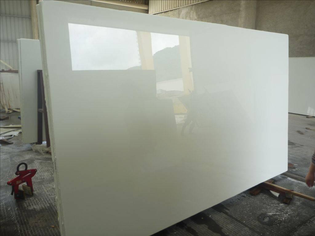 White Marmoglass Stone
