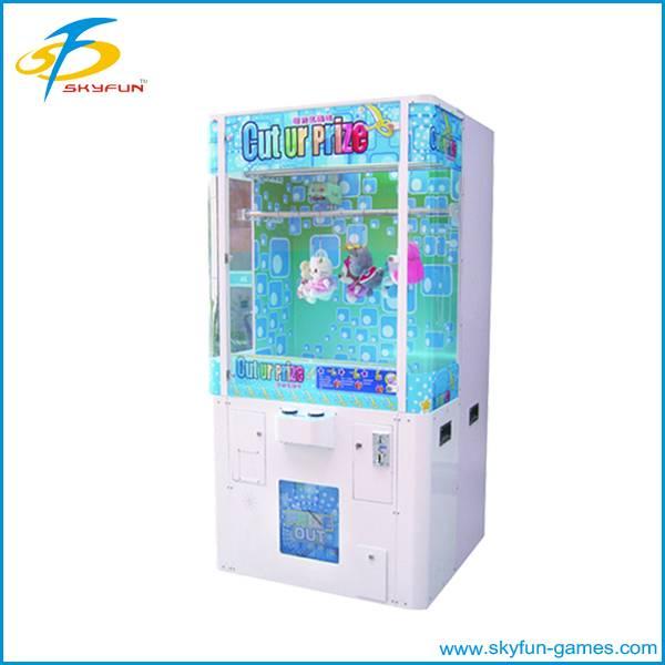 Cut Ur prize toy crane machine