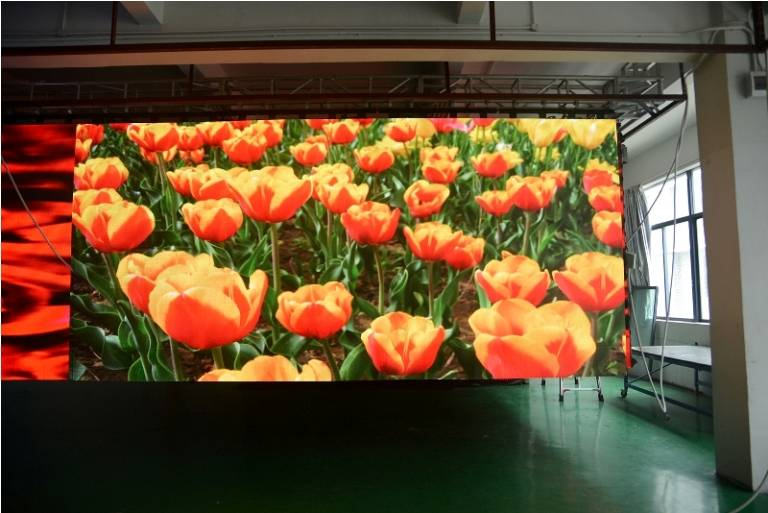 outdoor application flexible led display