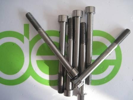 titanium screws,MINI  screws  M1.2, M1.4, M1.6 ,M2 --M4