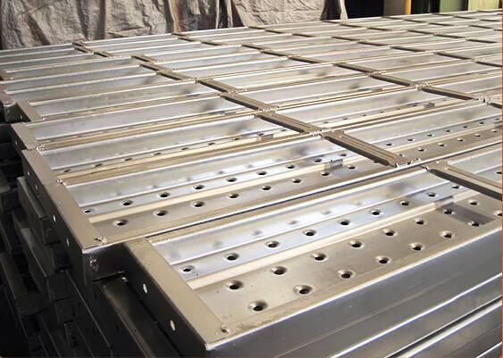 Q195 Pre-galvanized Metal Steel Plank 238x63x1.8x1829mm for ringlock scaffolding system