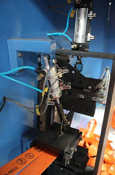 Heavy Duty Belts Automatic Cutting and Winding Machine Best Price