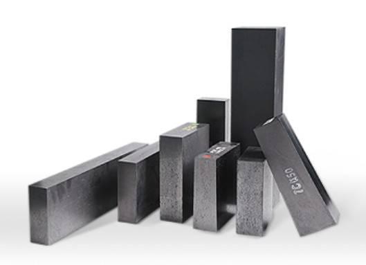 MgO-C brick