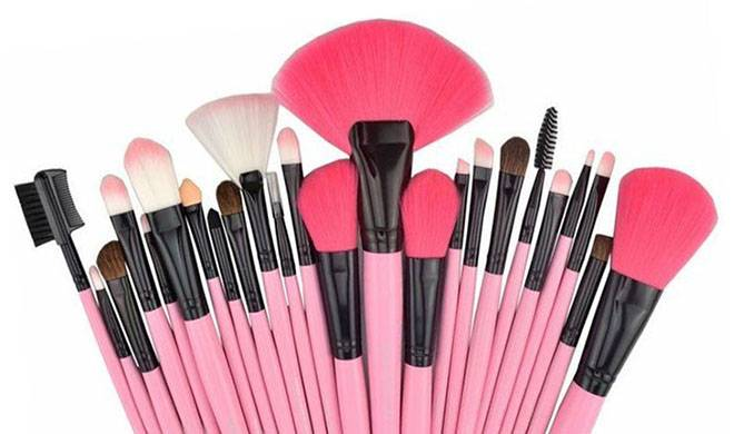 Best sale 28 colors custom eyeshadow palette for beauty makeup