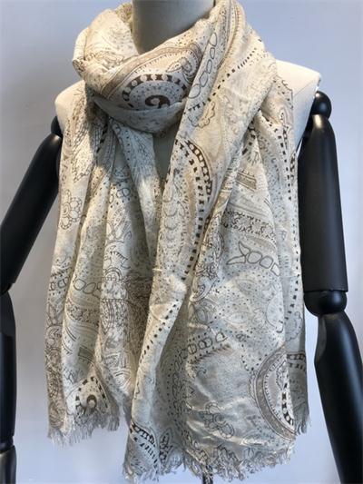 100%wool scarf