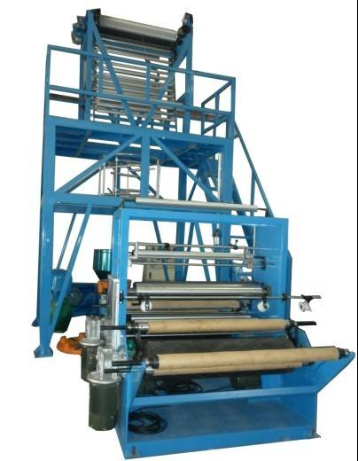 Double cutting and double winding film blowing machine
