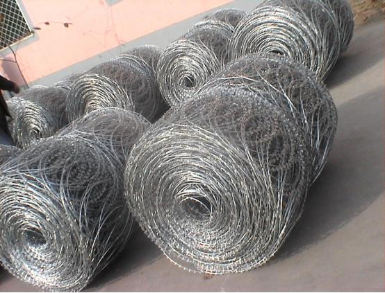 Small order accepted galvanized barbed wire/galvanized barded wire/razor wire