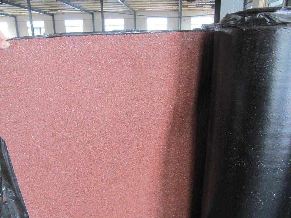 asphalt roofing membrane with minerals finished