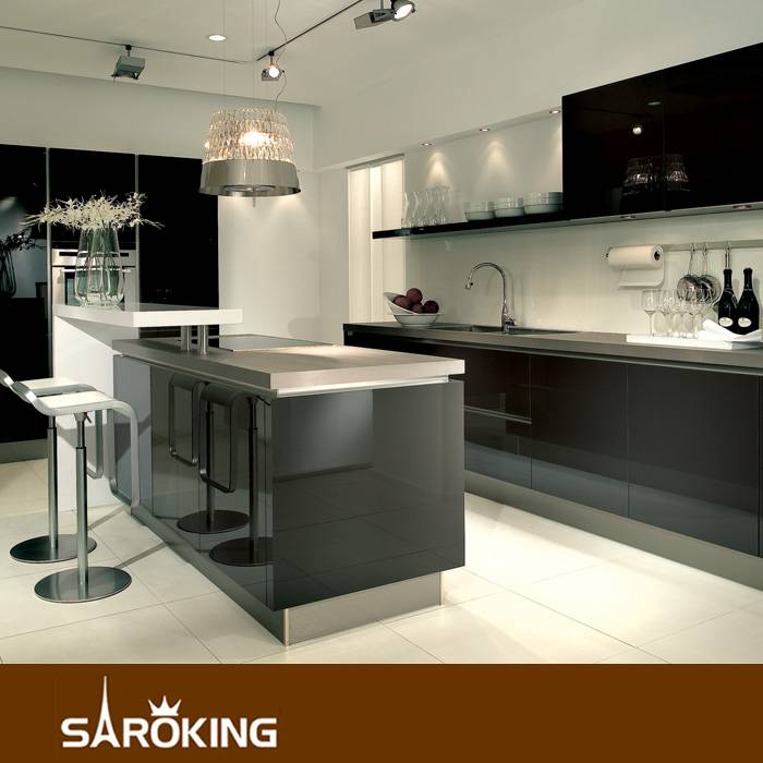 High glassy acrylic kitchen cbainet