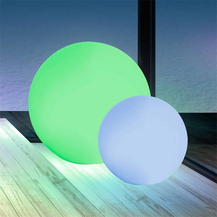 Illuminated led floating ball