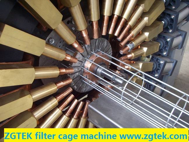 Cage welding machine for filter bag cage