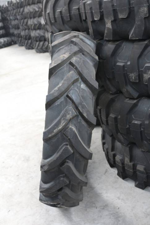 Cheap agricultural tractor tire 14.9-28