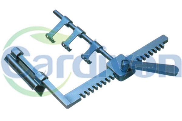 CARDIVON Sternal Retractor