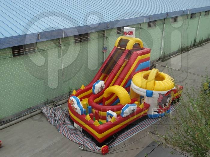 Inflatable Tom and Jerry giant slide playground