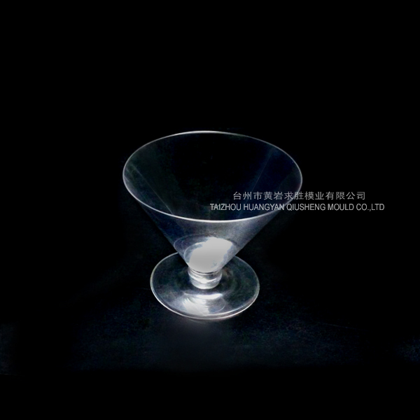PS transparent red wine cup container with base plastic mould
