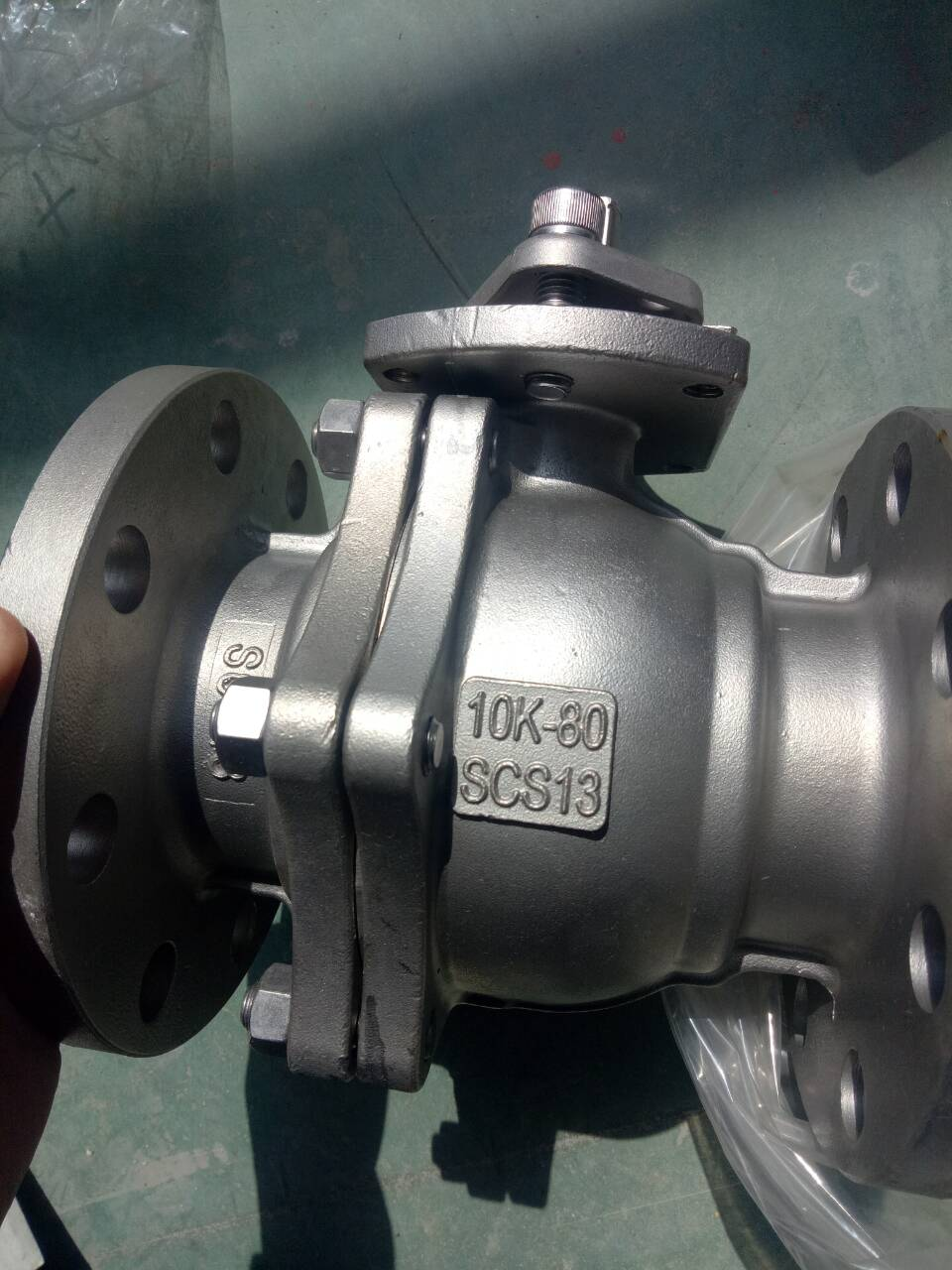 Factory direct 304 material soft seal ball valve flange ball valve
