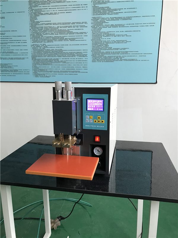 Professional 18650 spot welding machine which is strong