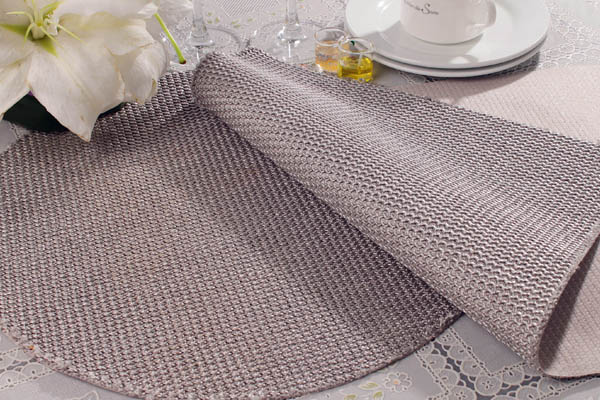 Silver Table Place Mats And Coasters