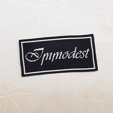 Fashion Customized sewing labels Shirt Bags garment label tag Woven Labelsfor clothes