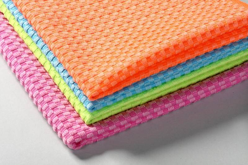 Warp knitted jacquard fabric microfibre cloth