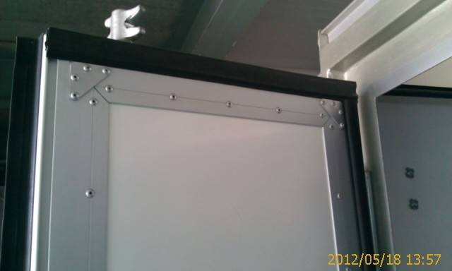 Flush rear door parts