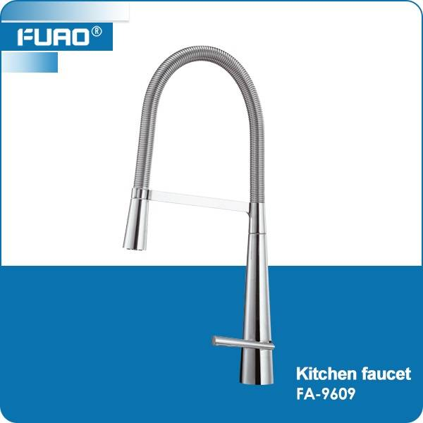 Brass chrome pull out kitchen faucet