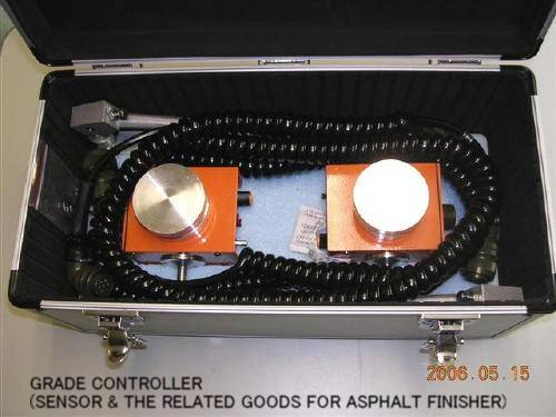 """GRADE CONTROLLER (SENSOR) FOR ASPHALT FINISHER """"AB ELECTRIC""""  G32 MADE IN JAPAN"""