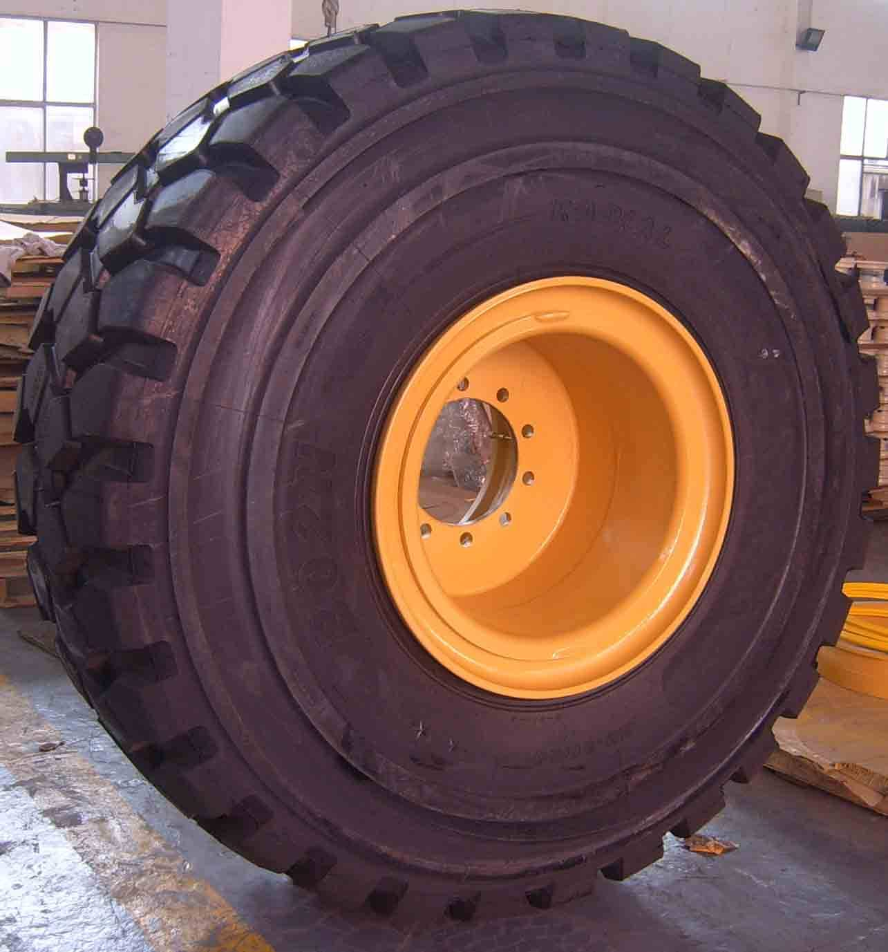 OTR Mining Tire And Rim Assembly Inflated