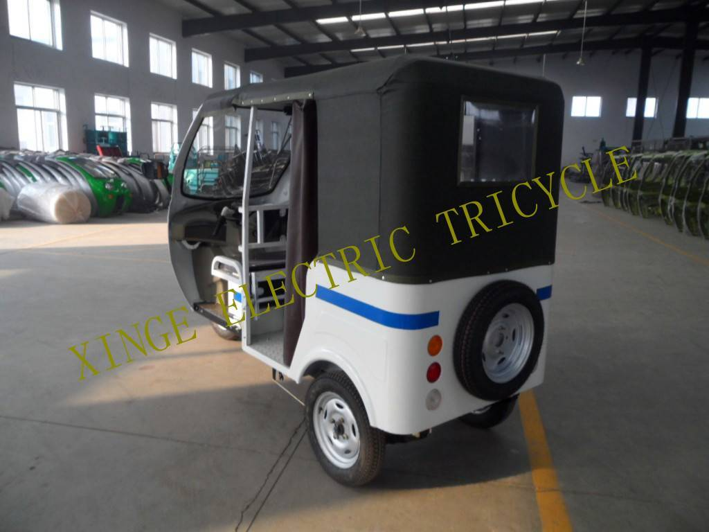 Electric Rickshaw for passengers