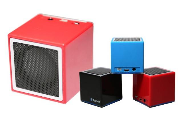Square portable wireless speaker with LED light/wireless mini fashion speaker with LED light