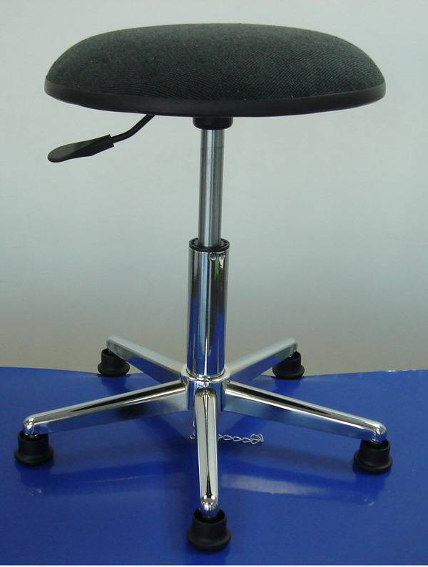 ESD stool with rubber edge